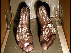 Les pieds mouillés de Bianca torture 2014 partie 11