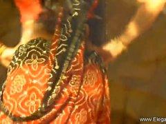 Классика индийские Танцовщица
