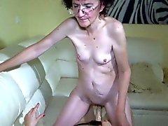 Oldnanny бабулька и секси нравится лесбийские игры