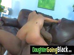 Schwarze Monster bumst meine Tochter junge Muschi 7