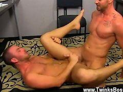 Hot gay sex Muscle Top Mitch Vaughn Slams Parker