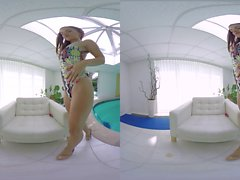 VR BANGERS Rihanna Samuel Pool cleaning Get horny and musturbate