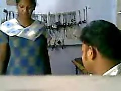 stor booby indisk flicka