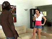 Cock colossale ottiene alcuni azione bocca di un casalinga sola