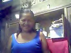 filippinsk farmor Merlen dela victoria 53 visar upp sina tuttar
