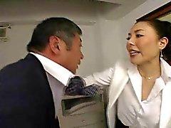 De patron japanese la baise salarié si difficile au bureau - de RTS