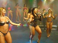 Dancers brasiliani spessi
