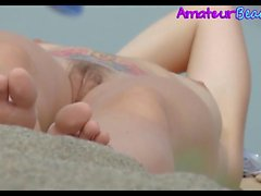 Rasata e Hairry Close-up Pussys Voyeur Beach Video