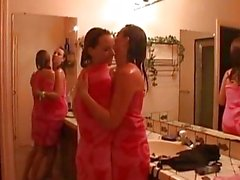Hot Slutty Lesbian Babes Snatch...