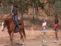 Naisten orjiksi Ranch sidoksissa