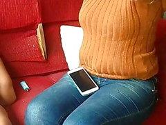 délicieux MILF marié en jeans serrés voyeur PAWG HD