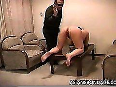 Mec trains le slavegirl curvy sexy