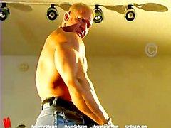 Muscles Le papa MuscleGod
