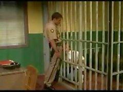 Trevor Knight fickt im Gefängnis 2