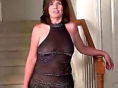 USAWives madura de la señora Jade masturbación en solitario