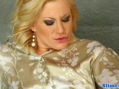 Bukkake figa lesbiche pugno al gloryhole