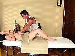 Great massage motel with amazing babes