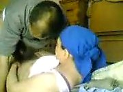 Il baise son conjoint bouffi qui est arabe difficile
