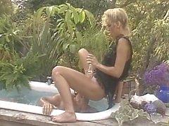 Янтарный Линн в Классический секс Также сцене