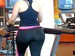 Großer Hintern Milf Wiggle Workout - JBG3