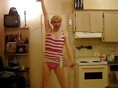 Видеочат Контакты Девушки Lily Энни: УРОД в мире!