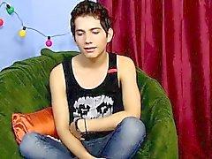 Homosexuell Porno Der achtzehnjährige Giovanni Lovell ist ein spanischer impo