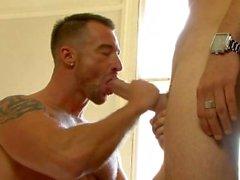 Молока парнем - Матовый Hugles и Росс Харстон
