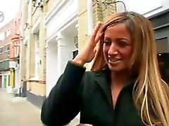 célébrités caillera de Chantelle Houghton