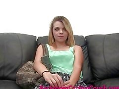 Hacer trampa Esposa de ENCULADA y inseminados el Casting Couch