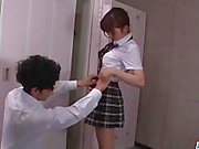 Moe Sakura, Schulmädchen in heizt, sehnt sich nach