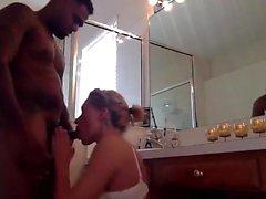 Hidden Cam due ragazze in doccia 02