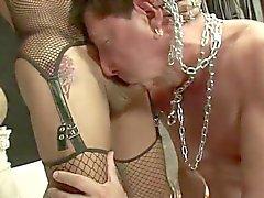 Сексуальное Дом трахает ее Суб