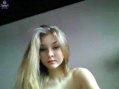 Blonde Teen Solo Masturbieren auf Webcam