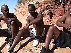 Горячая африканская парней есть хардкор гомосексуальные отношения в солнце