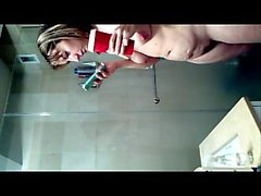 Bath woman Deoderant belly and beaver Switch Drinking Caffe