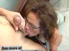 Ofis Sex Busty MILF Deauxma