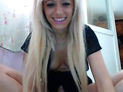 Amateur Blonde Teen Fingers Her Wet Pussy On Webcam