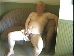 Grand-père asiatique