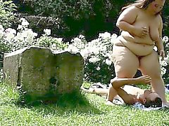 Outdoor facesitting with 120kg BBW domme