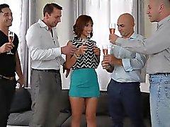 Сексуальное Г. Ф. мастурбирует удивительный