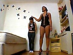 Lesbian Facesitting 9