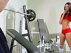 Du hör inte hemma inom ett gym i , du Belong i ett Whorehousen