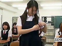Ondertiteld CFNM Japan nudist student milf leraar strips