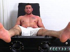 vierge Loosing sur la première photo du sexe galerie gay porn Casey Mor