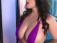 Sexy pornstar deep anal