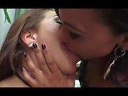 mycket bra djupa kyssar heta brudar