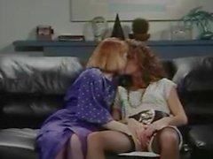 Ретро - Офис Лесбиянки киска и в жопу лизать , Strap-On