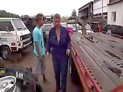 rijpen in een auto erf
