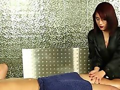 Latina masseuse swallows