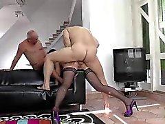 Della signora britannici in calze porta rough sesso del gruppo Anal
